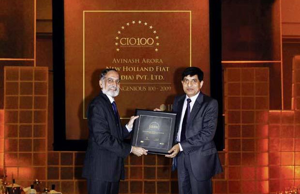 The Ingenious 100: Avinash Arora, Director- Supply Chain Management at New Holland Fiat (India) receives the CIO100 Award for 2009