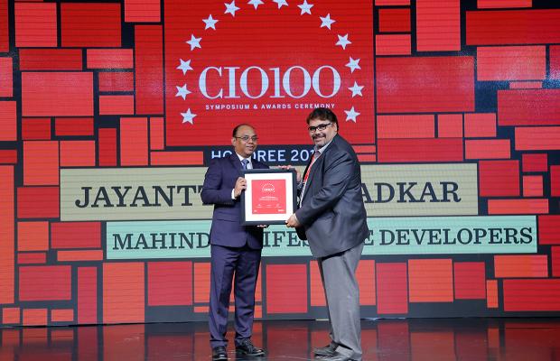 The Digital Architect: Satendra Kumar Dwivedi on behalf of Jayantt Manmadkar, CFO & CIO at Mahindra Lifespace Developers receives the CIO100 Award for 2018