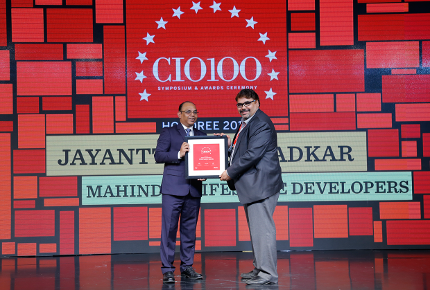 The Digital Architect: Satendra Kumar Dwivedi on behalf of Jayantt Manmadkar, CFO & CIO at Mahindra Lifespace Developers receives the CIO100 Award for 2018