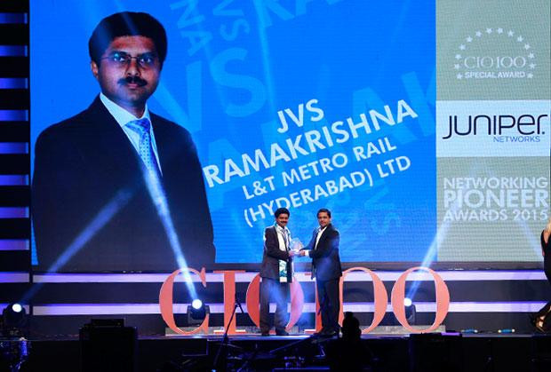 Networking Pioneer: JVS Ramakrishna, CIO of L&T Metro Rail (Hyderabad) receives the CIO100 Special Award for 2015 from Sajan Paul, CTO, Juniper Networks-India and SAARC
