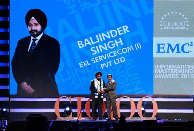 Information Mastermind: Baljinder Singh, Global Head IT, EXL Services receives the CIO100 Special Award for 2015 from Rajesh Janey, President-India and SAARC, EMC