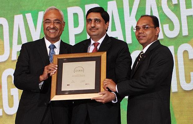 Super League: Daya Prakash, Head-IT, LG Electronics India receives the CIO100 Special Award for 2012