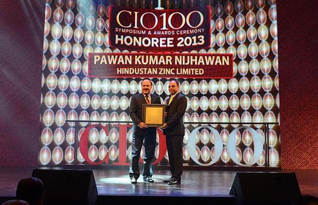 The Astute 100: Pawan Kumar Nijhawan, VP & Head-IT of Hindustan Zinc receives the CIO100 Award for 2013