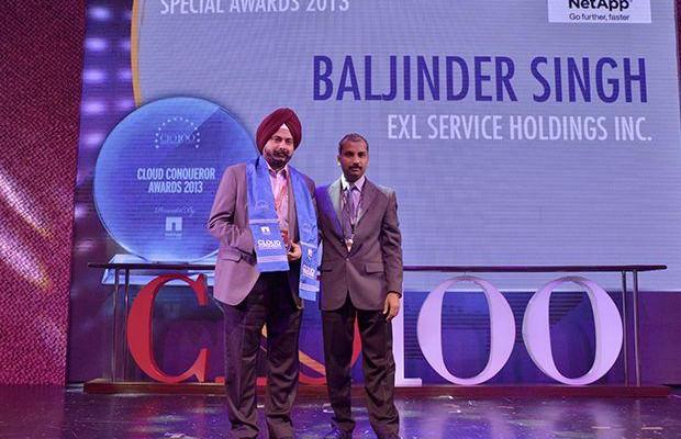 Cloud Conqueror: Baljinder Singh, Global Head IT, EXL Services Holding receives the CIO100 Special Award for 2013 from Ramanujan K, Director-Enterprise Sales, NetApp