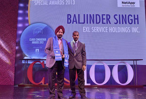 Cloud Conqueror: Baljinder Singh, Global Head IT, EXL Services Holding receives the CIO100 Special Award for 2013 from Ramanujan K, Director-Enterprise Sales, NetApp