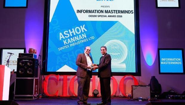 Information Mastermind: Ashok Kannan, President - IT of Sintex Industries receives the CIO100 Special Award for 2016 from Anil Zachariah, Senior Director, Customer Services of EMC