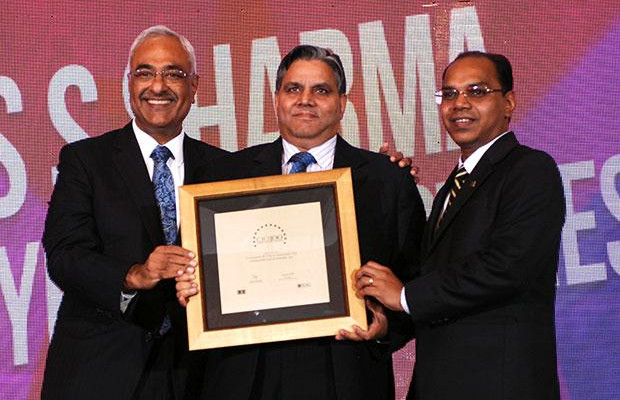Super League: S S Sharma, Head IT, JK Tyres and Industries receives the CIO100 Special Award for 2012