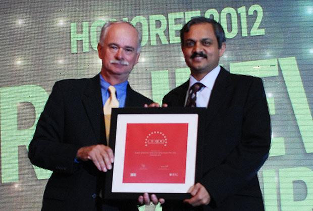 The Resilient 100: Rajeev Jorapur, Head-IT of Mercedes-Benz India receives the CIO100 Award for 2012