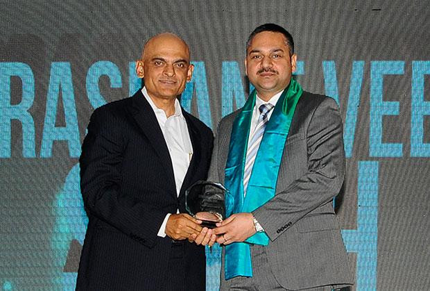 Efficient Enterprise: Prashanth Veer Singh, CIO & CISO, Bharti Infratel receives the CIO100 Special Award for 2012 in association with Dell India.