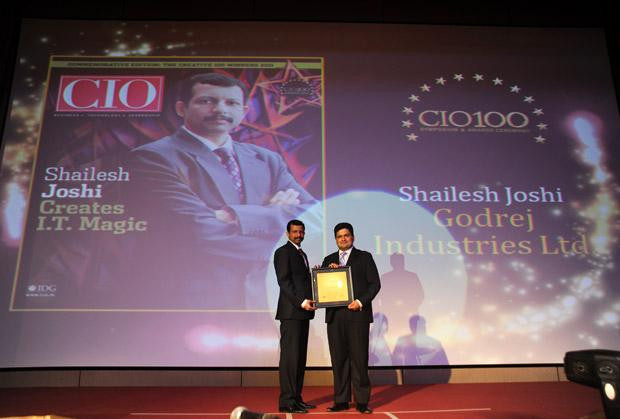 The Creative 100: Shailesh Joshi, VP-Head IT, Godrej Industries receives the CIO100 Award for 2011