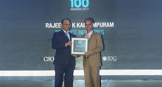 Rajeevan Kallumpuram, Assistant VP - Information Security , Reliance Industries receives the CSO100 Award for 2017.