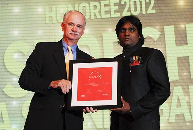 The Resilient 100: Suresh A Shanmugam, Head - Business IT, Mahindra & Mahindra Financial receives the CIO100 Award for 2012.
