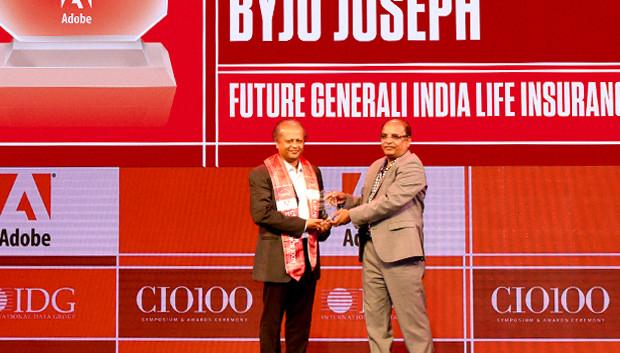 Customer Experience Icon: Byju Joseph, Chief Technology Officer, Future Generali India Life Insurance Company receives the CIO100 Special Award for 2019 from Narsimha Rao, Sales Director, Adobe