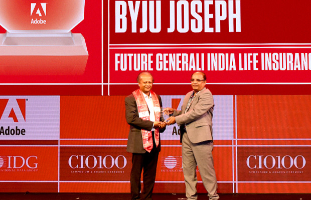 Customer Experience Icon: Byju Joseph, Chief Technology Officer, Future Generali India Life Insurance Company receives the CIO100 Special Award for 2019 from Narsimha Rao, Sales Director, Adobe
