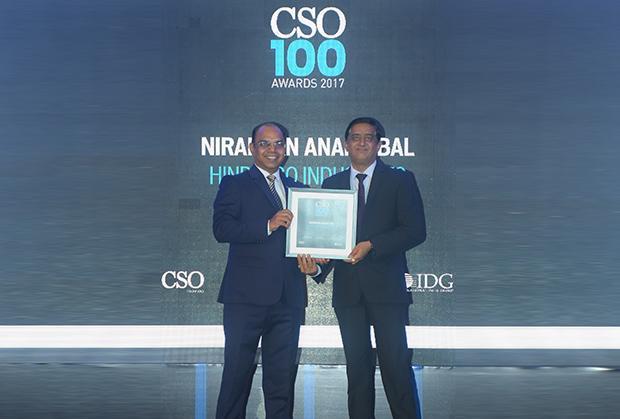 Niranjan Bal, Hindalco Industries receives the CSO100 Award for 2017.