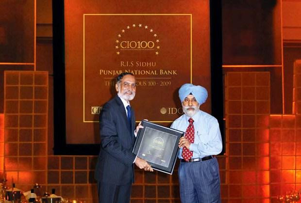 The Ingenious 100: R I S Sidhu, GM - IT of Punjab National Bank receives the CIO100 Award for 2009