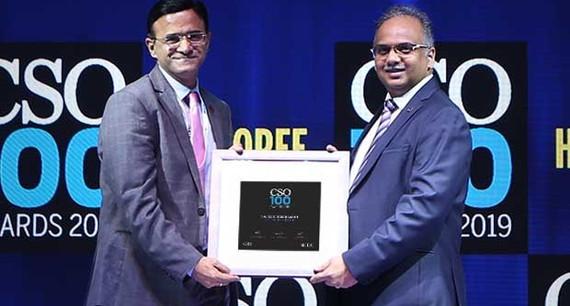 Rajesh Hemrajan, CISO of IDFC FIRST Bank receives the CSO100 Award for 2019