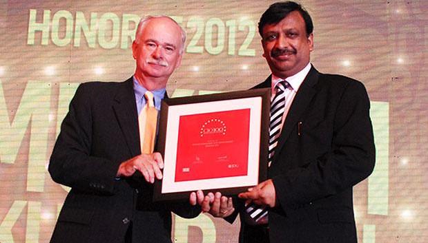 The Resilient 100: Mukesh Kumar Jain, CTO of ICICI Bank receives the CIO100 Award for 2012