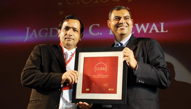 The Agile 100: Jagdish C Belwal, CIO of Tata Motors receives the CIO100 Award for 2010