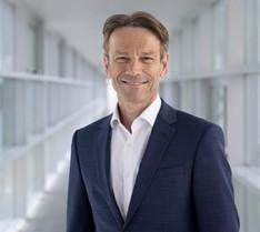 Uwe Hochgeschurtz, Opel'in Yeni CEO'su Olarak Atandı