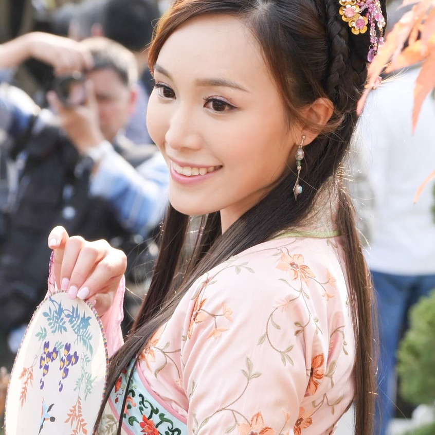 FlowerFestival_TVB_20180315_IrinaTang_01_v2.mp4_snapshot_01.23_[2018.03.16_18.21.52]
