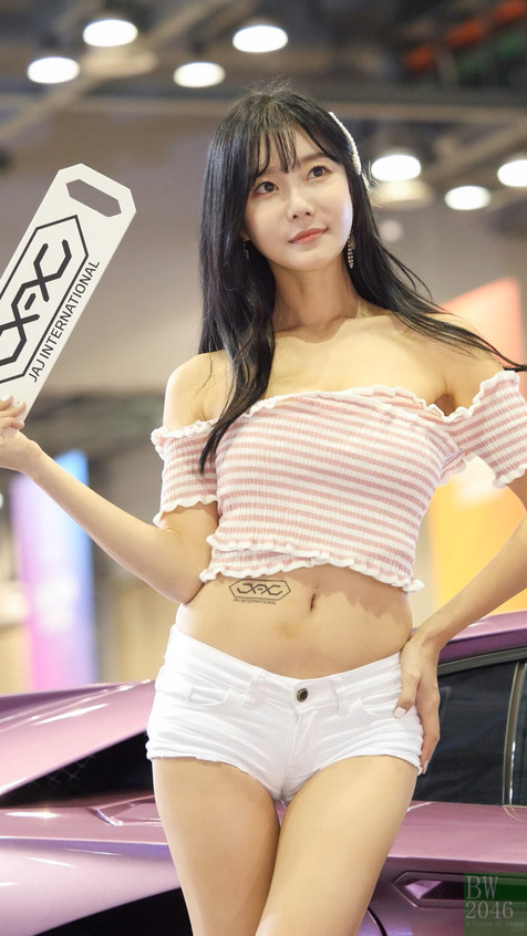 AutoSalon_Autoweek_20191004_ChoiSeulGi_0