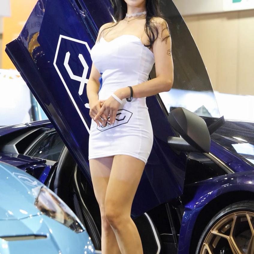 AutoSalon_Autoweek_20191003_UmJiA_02_v3.