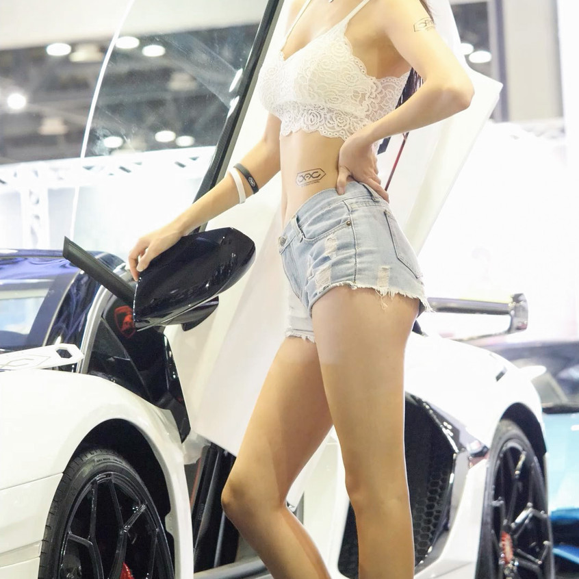 AutoSalon_Autoweek_20191003_SimJiYeong_0
