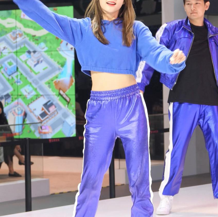 CarShow_GZ_20191124_Dance_02_v1
