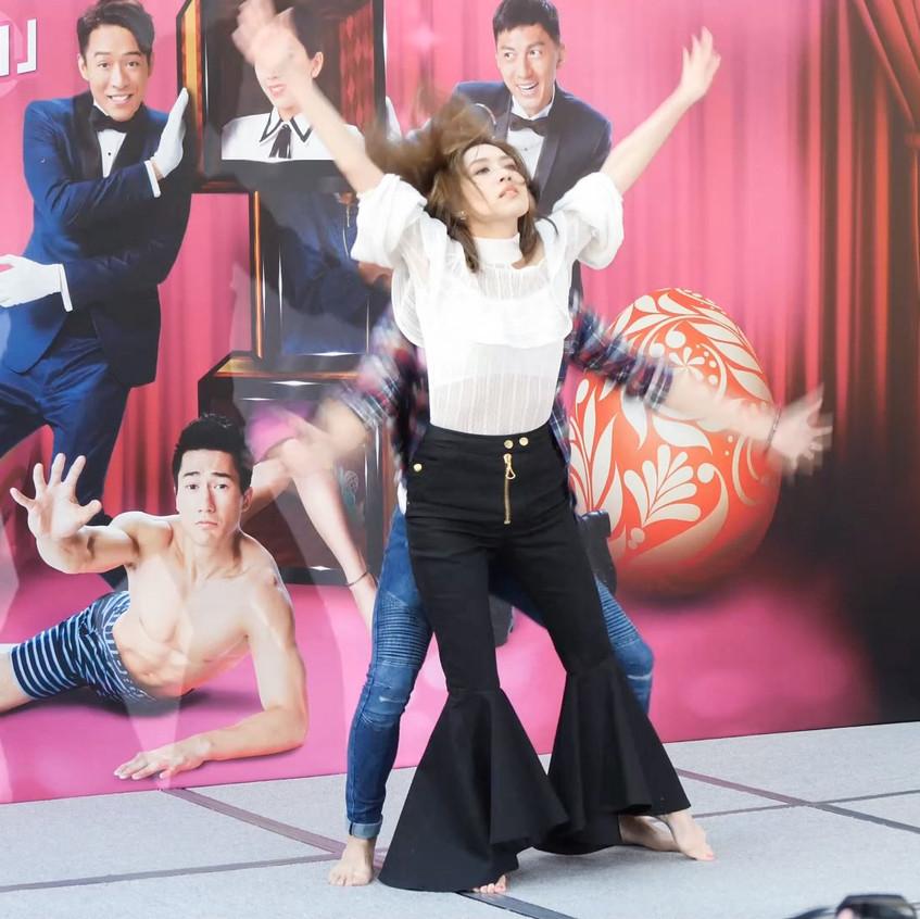 TVB_MandyWong_Dance_20180331_Dancel_v1.mp4_snapshot_00.29_[2018.03.31_19.48.37]
