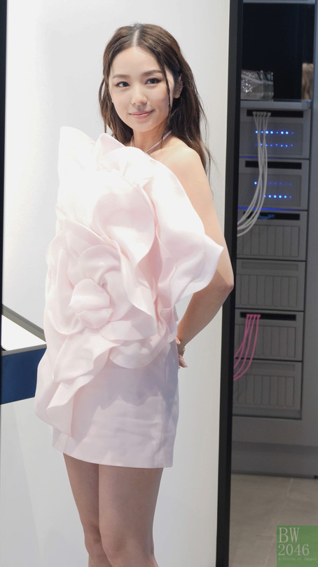 李靜儀 Heidi Lee @《NET-A-PORTER》亞洲首間期間限定概念店揭幕 at K11 MUSEA 「NET-A-PORTER : a vision of style」
