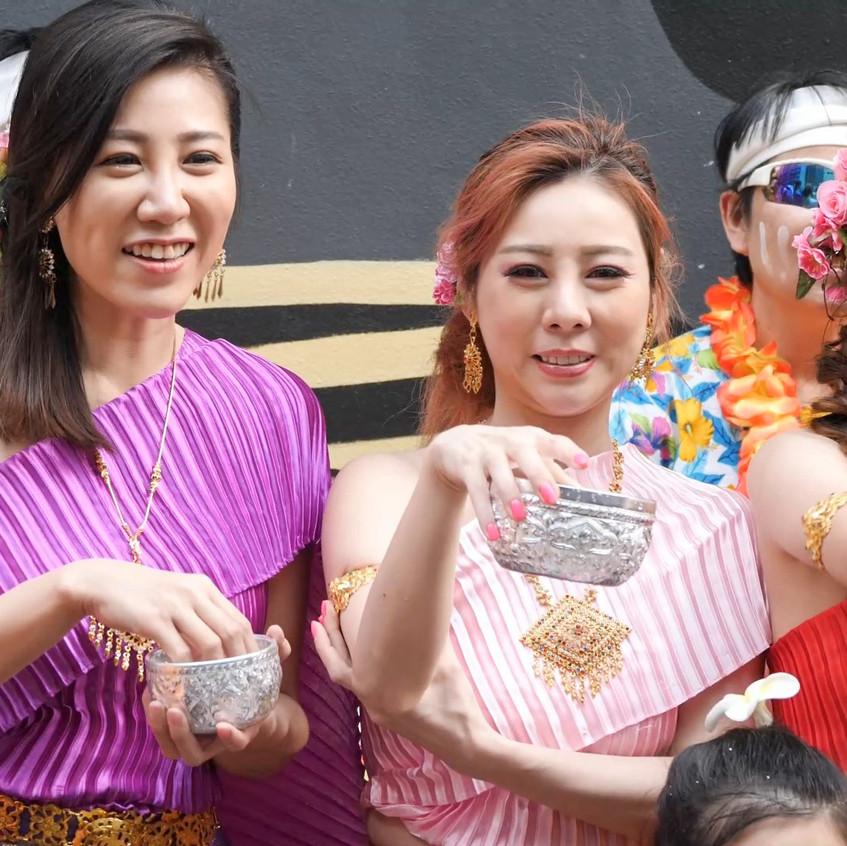 ThaiWaterFestival_20180401_All_01_v2.mp4_snapshot_00.55_[2018.04.03_21.15.51]