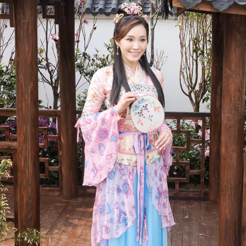 FlowerFestival_TVB_20180315_IrinaTang_01_v2.mp4_snapshot_00.57_[2018.03.16_18.20.55]