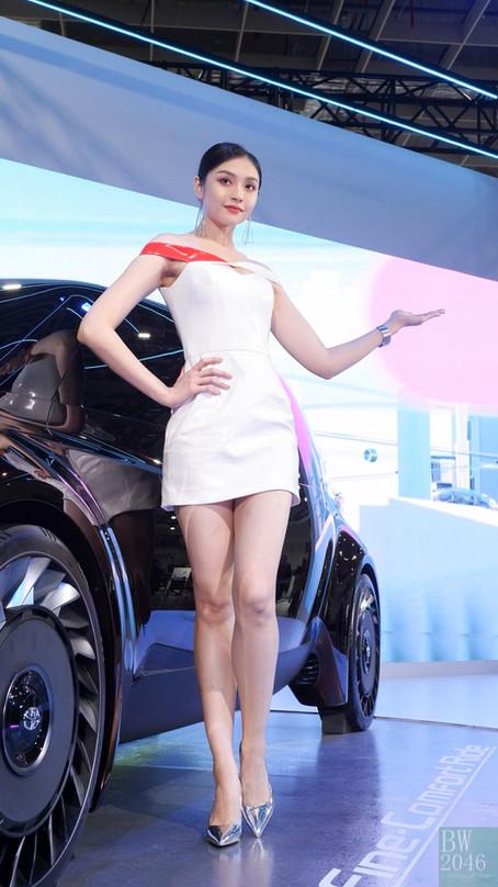 世界新車大展 - 台北車展   Taipei Auto Show 2020 - 車模 #26 曾昕晨 Ariel @ Toyota Taiwan