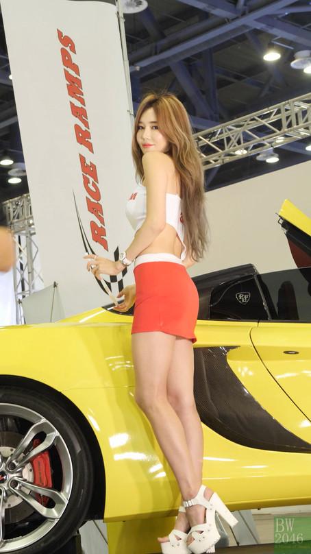 오토살롱위크 2019 | AUTO SALON X AUTOWEEK 2019 - 우주안 Woo Juan, Racing Model #71