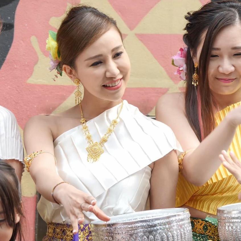 ThaiWaterFestival_20180401_All_01_v2.mp4_snapshot_00.41_[2018.04.03_21.14.51]