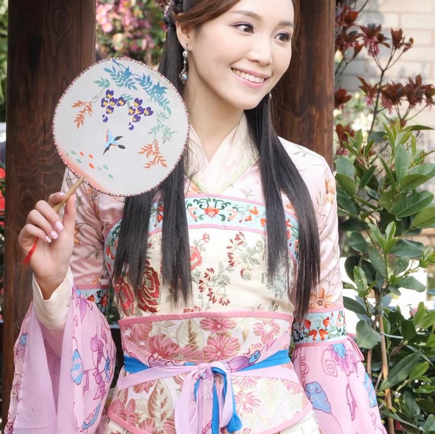 FlowerFestival_TVB_20180315_IrinaTang_01_v2.mp4_snapshot_01.00_[2018.03.16_18.21.05]