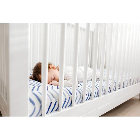 Sleeping-Baby-Girl-on-Lullaby-Lines_1024