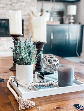 10 COFFEE TABLE DECOR IDEAS THAT ARE EASY AND AFFORDABLE