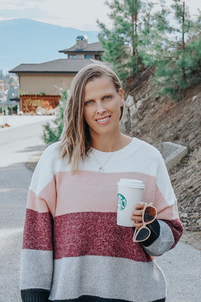 COLOUR BLOCK SWEATER FOR FALL