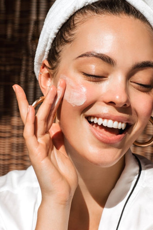 EVERYDAY BEAUTY TIPS THAT EVERY WOMAN SHOULD KNOW
