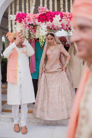 Raghav Shaili-22nd Varmala-0046.jpg