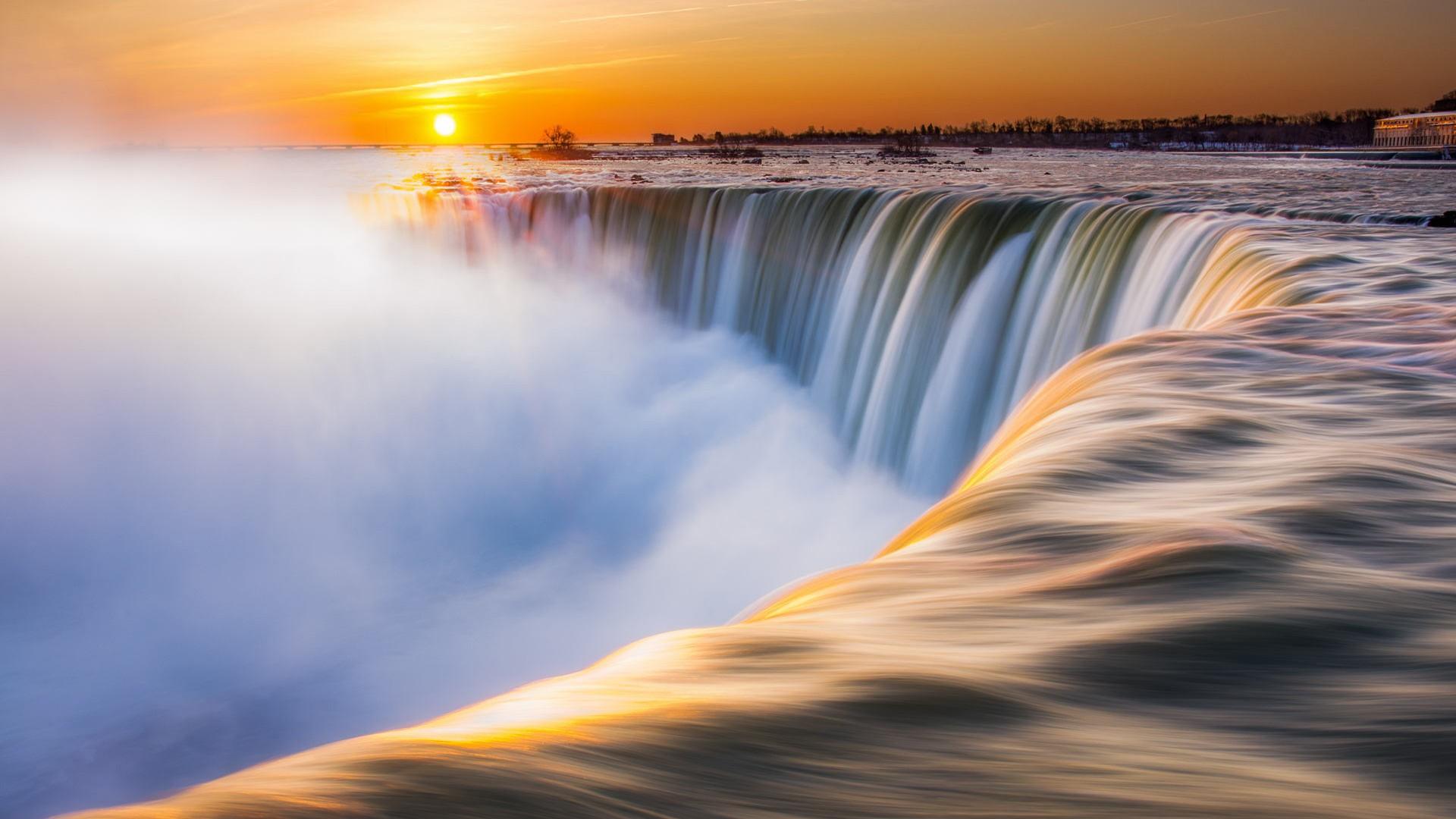 Niagara-Falls-4