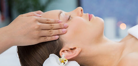 Indijska masaža glave2.jpg