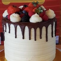 Fruit%20topped%20cake_edited