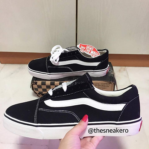 Vans Old Skool (SIZE 42) | sneakero