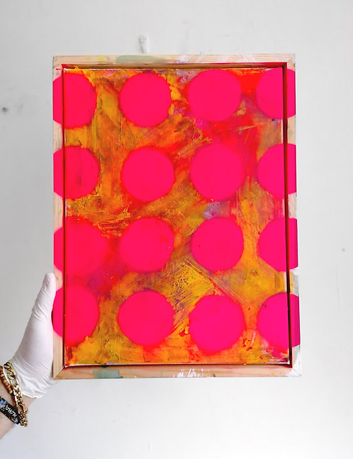 Abstract with Fluorescent Dots -  spray paint, acrylic, oil - 30 x 40 cm - 2020