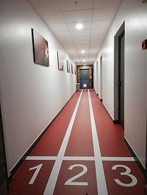 Couloir_d'accès_aux_salles_IMS.jpg