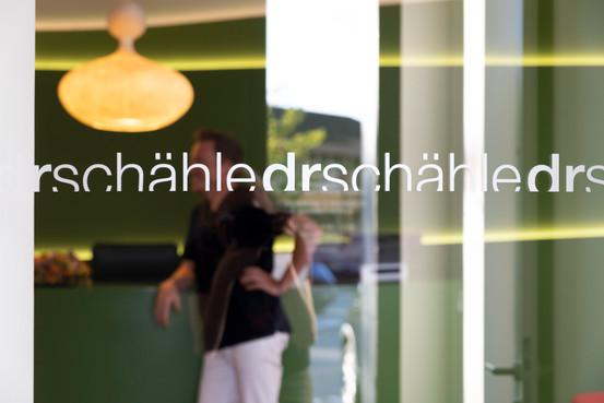 Philipp Schähle, Phillip Schähle, Philip Schähle, Zahnarzt Wolfurt, Zahnartz Unterland, Zahnarzt Vorarlberg, Dr Schähle, Dr. Schähle, Dr. Schaehle, Zähne bleichen in Vorarlberg, Zähne bleichen Hard, Zähne bleichen Lauterach, Zähne bleichen Bregenzerwald, Zähne bleichen Ostschweiz, Zähne bleichen Schweiz, Zähne bleichen Zahnarzt Vorarlberg, Zähne bleichen Zahnarzt Ostschweiz, Zähne bleichen Zahnarzt Schweiz, Bleaching Zähne Vorarlberg, Bleaching Zähne Bregenzerwald, Bleaching Zähne Ostschweiz, Bleaching Zähne Schweiz, Bleaching Zähne Hard, Bleaching Zähne Lauterach, Bleaching Zähne Wolfurt, Bleaching Zähne Bregenz, Bleaching Zähne Dornbirn, Zahnarzt am Bodensee, Top 10 Zahnarzt Vorarlberg, Top 10 Zahnärzte Vorarlberg, Zahnimplantat Vorarlberg, Zahnimplantat Wolfurt, Zahnimplantat Zahnarzt Vorarlberg, Zahnimplantat Dornbirn, Zahnimplantat Bregenz, Zahnprothese Zahnarzt Vorarlberg, Zahnprothese Vorarlberg, Zahnprothese Wolfurt, Zahnprothese Bregenz, Zahnprothese Lauterach, Zahnprothese Dornbirn, Zahnprothese Hard, Zahnprothese Bregenzerwald, Zähne bleichen Kosten, Zähne bleichen Kosten Vorarlberg, Zähne bleichen Kosten Schweiz, Zähne bleichen Kosten Schweiz, Zähne bleichen Kosten Ostschweiz, Zähne bleichen Kosten Bodensee, Zahnarzt für Angstpatienten Vorarlberg, Zahnarzt für Angstpatienten Bregenzerwald, Zahnarzt Zähne aufhellen Vorarlberg, Zahnarzt Zähne aufhellen Bregenz, Zahnarzt Zähne aufhellen Hard, Zahnarzt Zähne aufhellen Wolfurt, Zahnarzt Zähne aufhellen Schwarzach, Zahnarzt Zähne aufhellen Dornbirn, Zahnarzt Zähne aufhellen Lauterach, Zahnarzt Zähne aufhellen Schweiz, Zahnarzt Zähne aufhellen Ostschweiz, Zahnarzt Zähne aufhellen Bodensee, Zahnarzt Zähne aufhellen Bregenzerwald, Zahnarzt Zähne aufhellen, Angst vor den Zahnarzt Vorarlberg, Angst vor den Zahnarzt Wolfurt, Angst vor den Zahnarzt Bregenz, Angst vor den Zahnarzt Lauterach, Angst vor den Zahnarzt Bregenzerwald, Angst vor den Zahnarzt Dornbirn, Angst vor den Zahnarzt Schwarzach, Angst vor den Zahnarzt