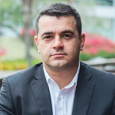 Carlos Eduardo - Retrato Profissional